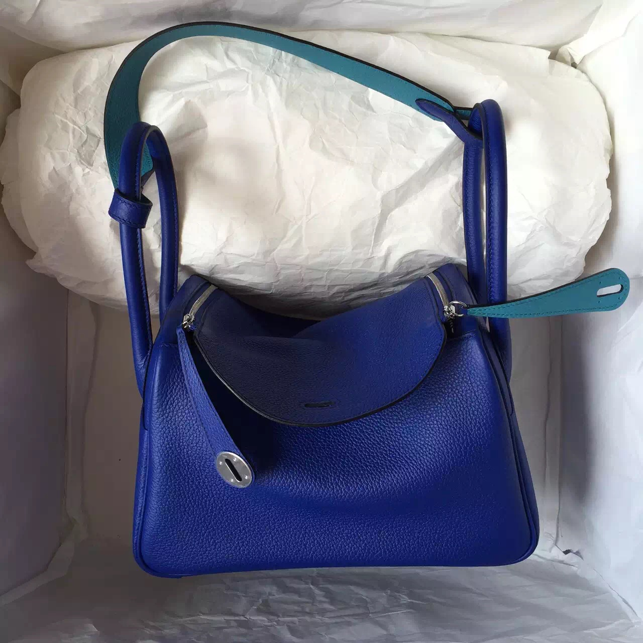 19314620462d ... italy hot sale hermes 7t blue electric 7b turquoise blue togo leather  lindy 26cm 43006 233a2