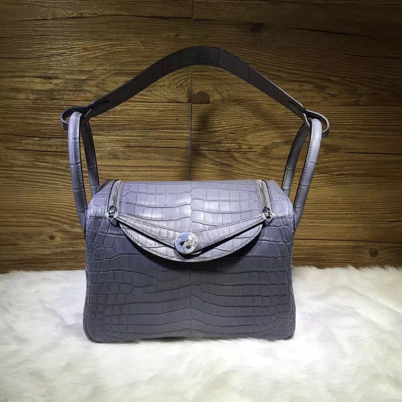 Hand Stitching Hermes Lindy Bag 26cm CK19 Mousse Grey Crocodile ...
