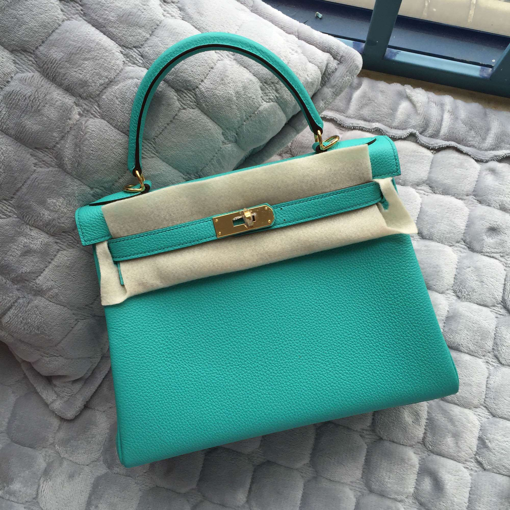 9fb4f6600cf6 Fashion Hermes Kelly Bag Retourne 28CM in 7V Lake Green Togo Leather Gold  Hardware