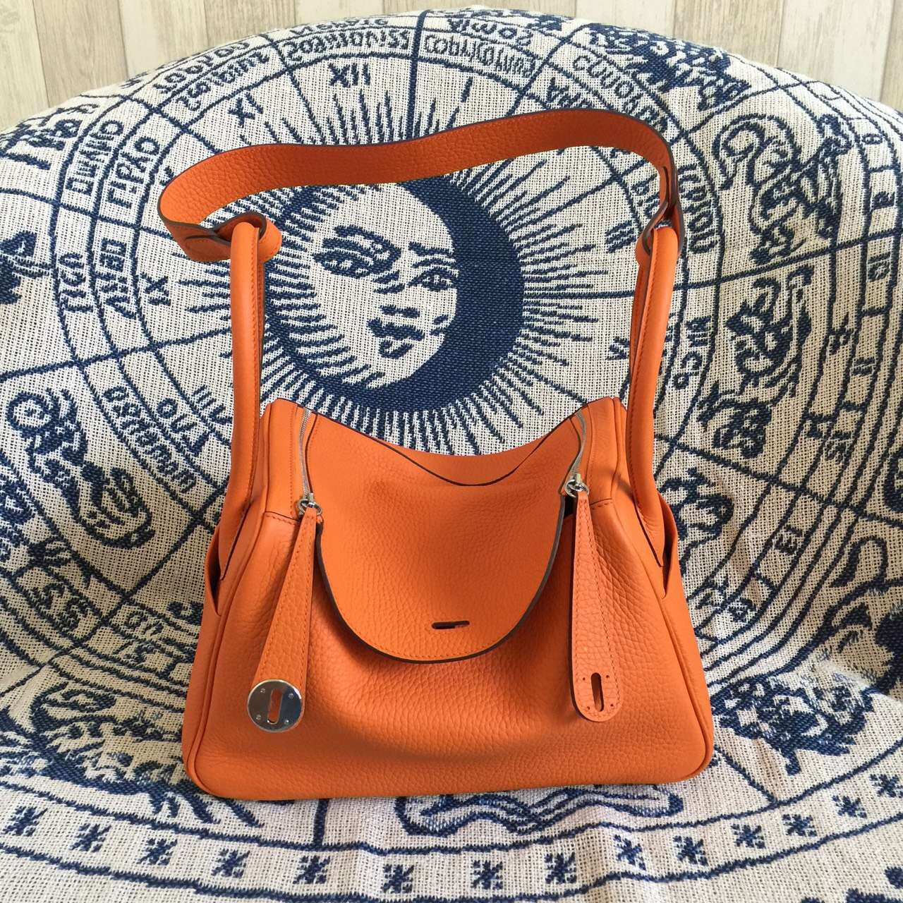 Discount Hermes Lindy Bag 26CM Orange TC Calfskin Leather Women\u0026#39;s ...
