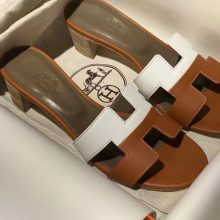 Sale Hermes White & Gold Swift Calf Leather Middle Heel Women's Sandals Slippers