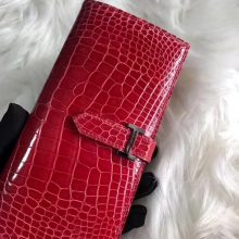 Pretty Hermes Shiny Crocodile Bearn Long Wallet Purse in Rouge Casaque
