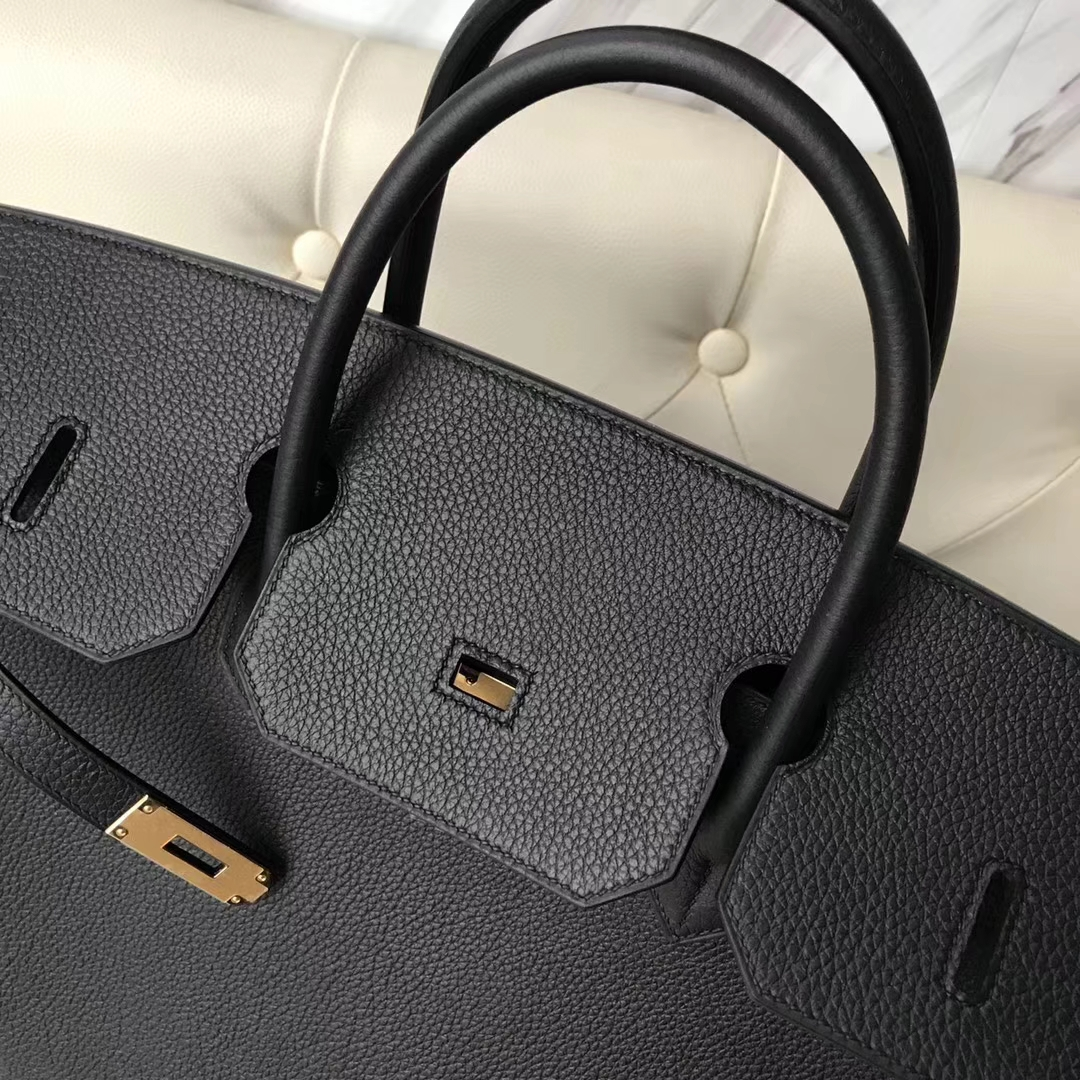 3c50177fed3f Brand  Hermes  Style  Birkin Bag  Material  Togo Calf Leather Color Black   Size 40cm  Hardware Gold Accessories  Padlock fand Keys