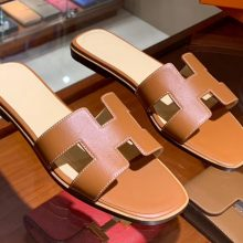 Elegant Hermes Classic H Sandals in Gold Swift Leather Yellow Insole Women's Shoes Size35-41