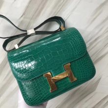 Stock Hermes Shiny Crocodile Constance24CM Bag in 6Q Vert Emeraude Gold Hardware