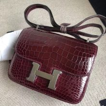 Stock Hermes Shiny Crocodile Constance18CM Bag in CK57 Bordeaux Silver Hardware